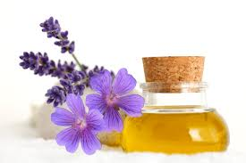 essential oils beauty aid
